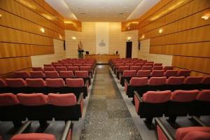 Salón capacidad 100 personas