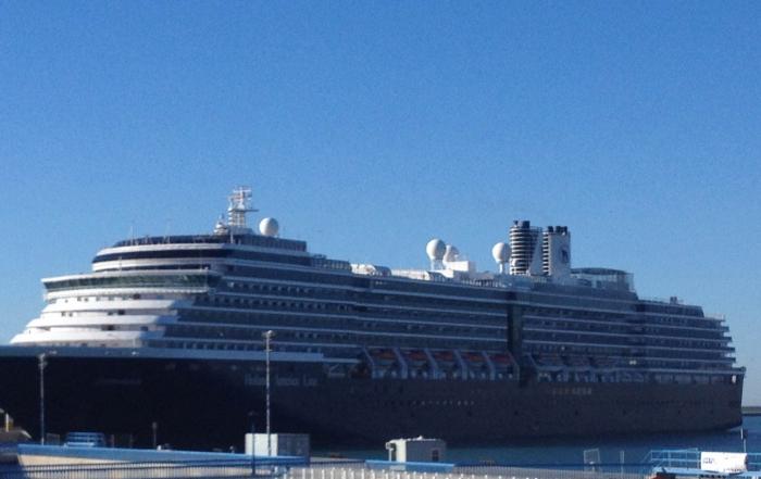 Primera escala crucero zuiderdam Puerto de Málaga