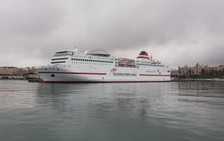 """Málaga (España) 18/02/2016 Fotografías del barco """"Fortuny"""" de la compañía Trasmediterranea atracado en el puerto de Málaga. Foto: Daniel Pérez"""