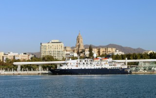 Hebridean Sky en su primera escala en Málaga hoy